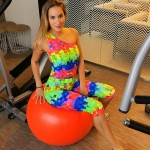 Color Cube Fitness girl